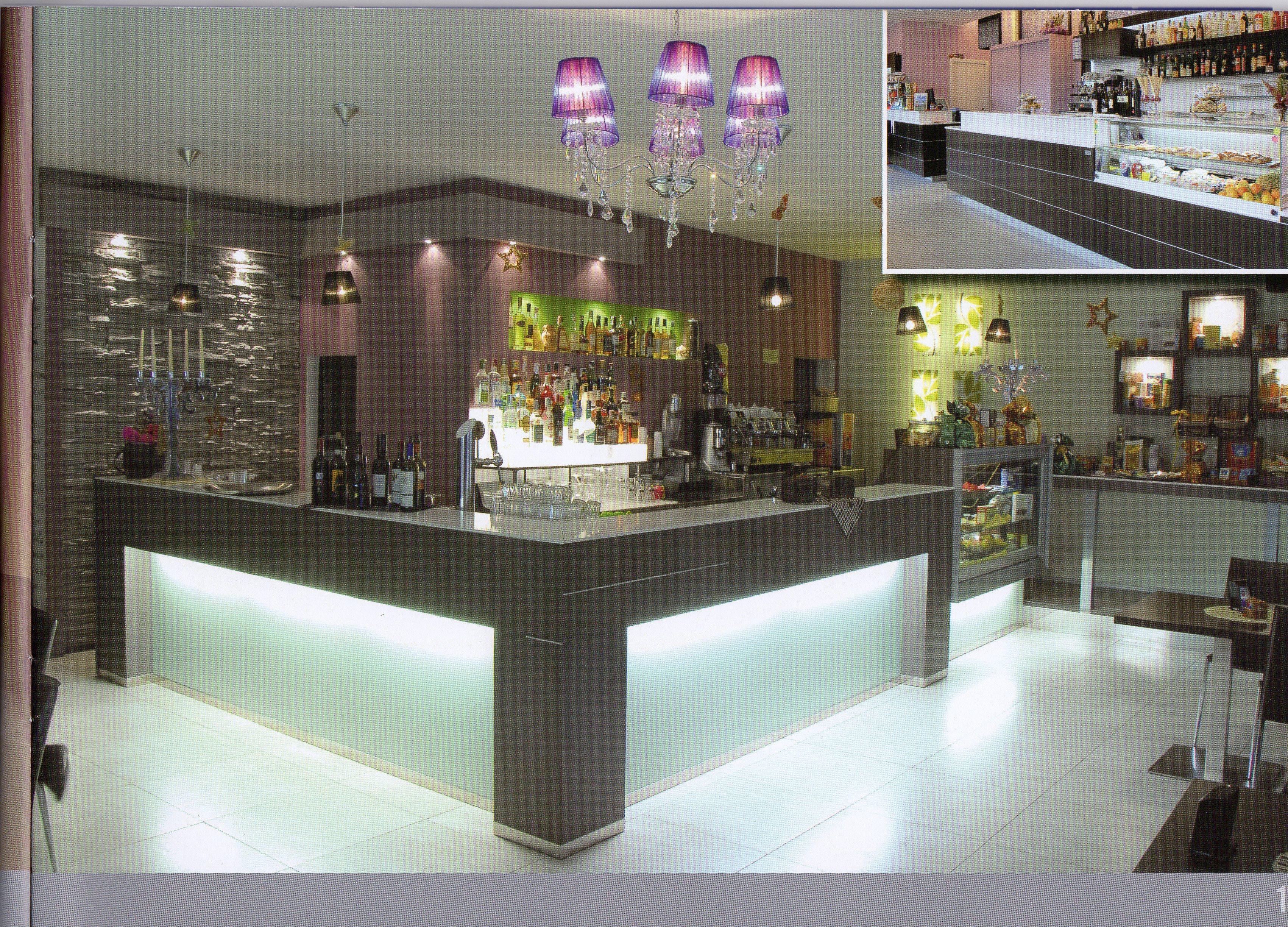 Arredo bar arredamento bar food arredo negozi for Negozi sedie ufficio roma