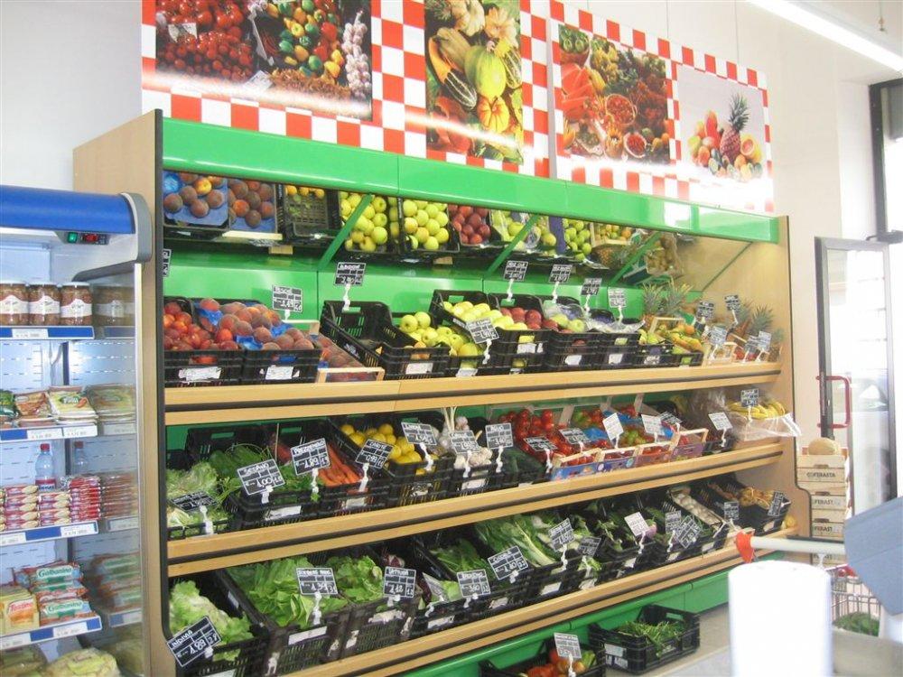 Banconi ortofrutta arredamento ortofrutta food for Arredamento ortofrutta