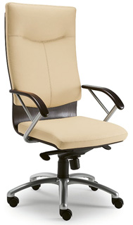 Poltrona ducale lux poltrone classiche sedie e for Negozi sedie ufficio roma
