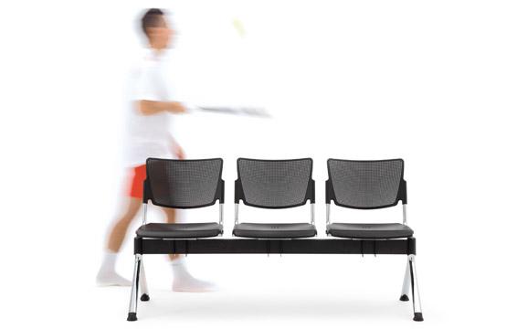 Poltrona lamia panche poltrone reception sedie e for Poltrone ufficio roma